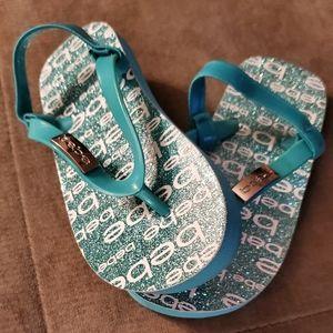 Bebe Girls turquoise sandals (NEW)